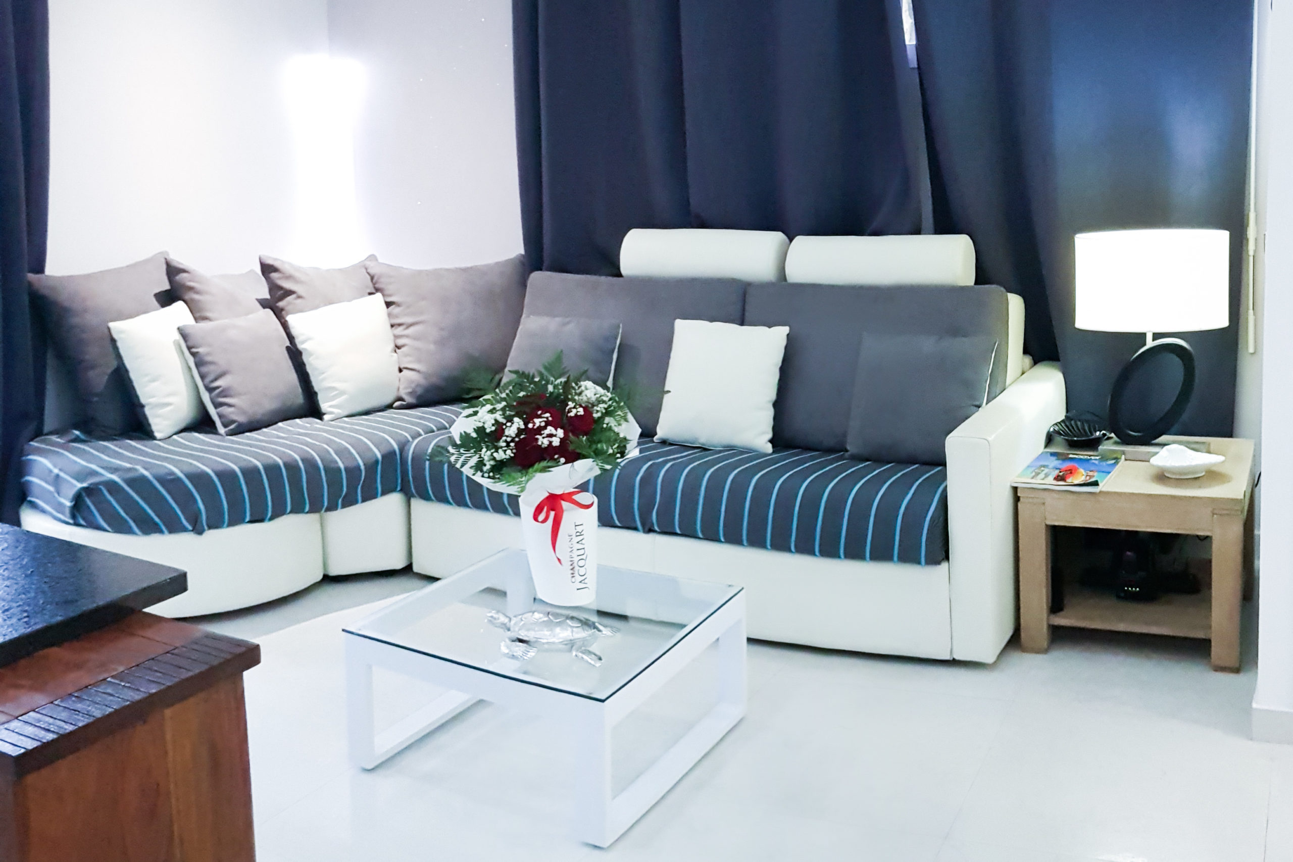 """Adam"" Studio - Sofa bed with a bouquet of flowers sofa bed with a bouquet of flowers for a client's wedding anniversary"