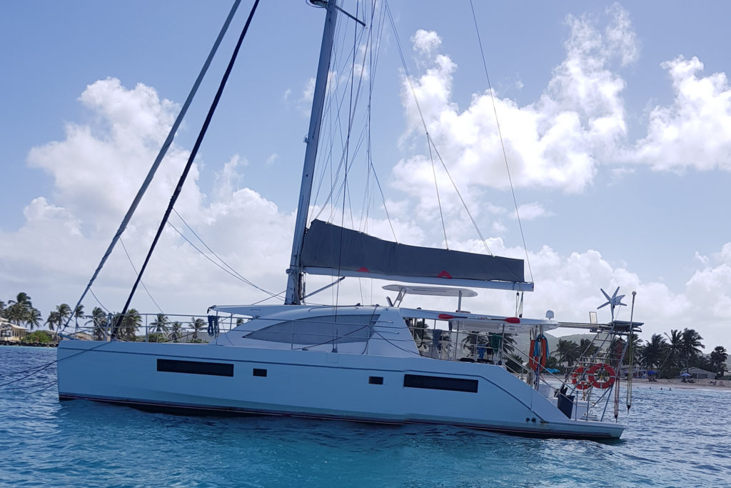"Catamaran ""The good life"""