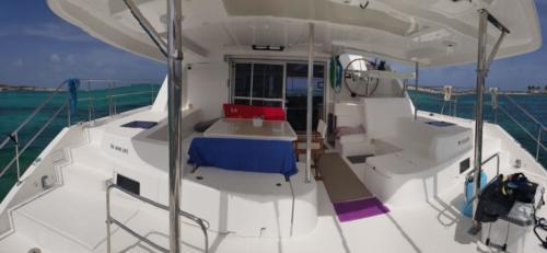 extérieur catamaran the good life croisiere sxm